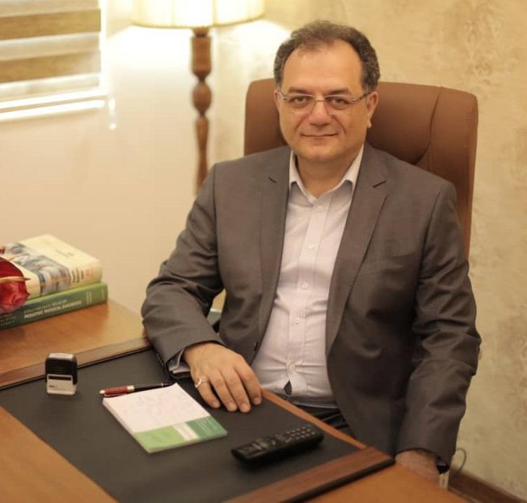 دکتر علی فرجی متخصص اطفال
